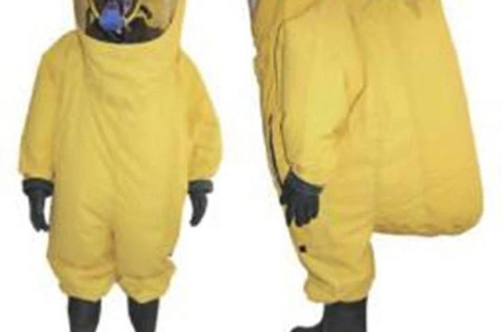 The Benefits Of Wearing a Yellow Chemical Suit